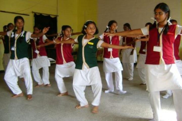 Hari Vidyalaya-Dance Class