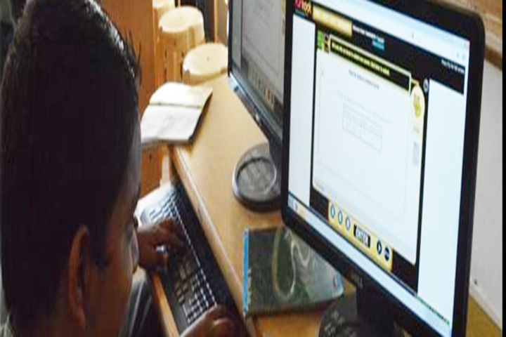 K L E SocietyS MR Sakhare English Medium Shcool-Maths Lab