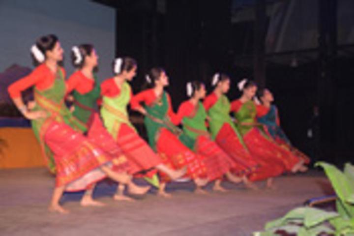 Don bosco school - traditional dance