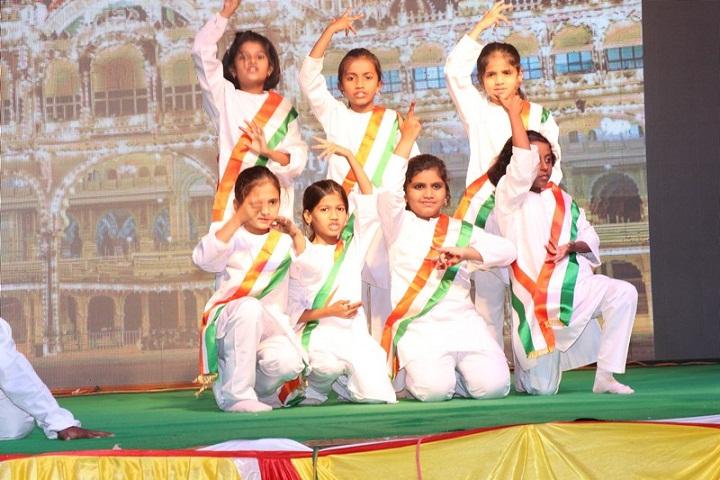 K L E Societys School-Independance Day Celebration