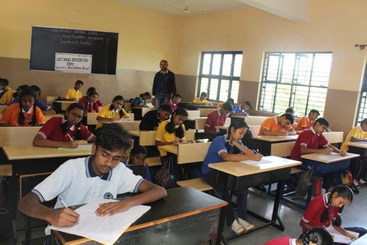 Kalpatru Central School- Classroom
