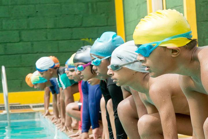 Kautilya Vidyalaya-swimmingpool