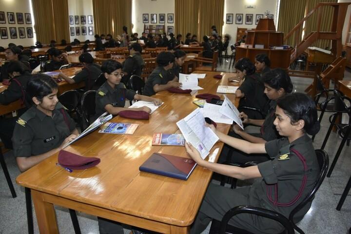 Kittur Rani Channamma Residential Sainik School For Girls-Library