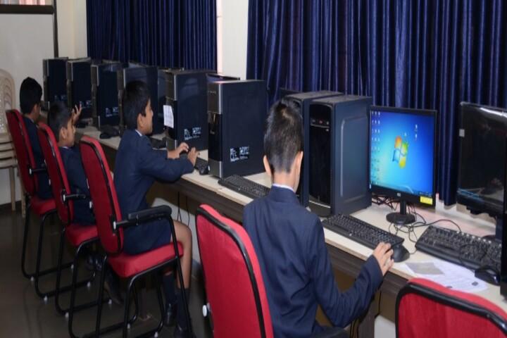 KLS Public School-Computer lab