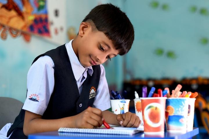 KNC Innovative Global School-Drawing
