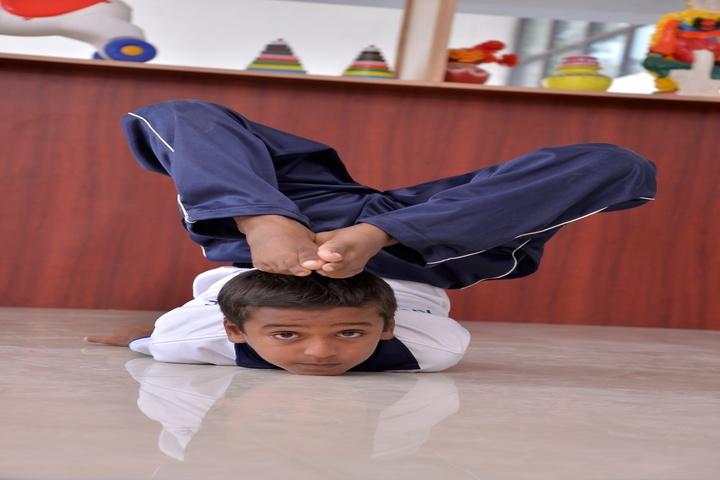 KNC Innovative Global School-Yoga