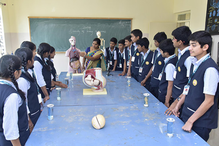 Kumadvathi Residential Central School-Biology lab