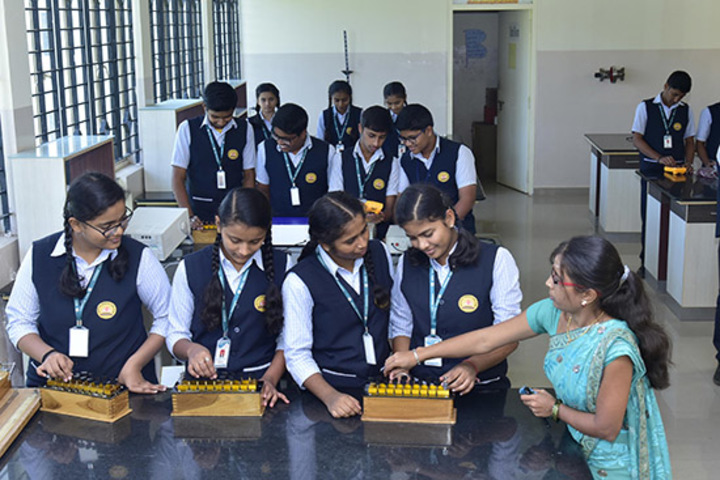 Kumadvathi Residential Central School-Physics lab