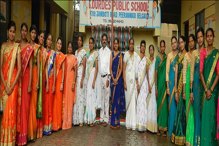 Lourdes School-Group Photo
