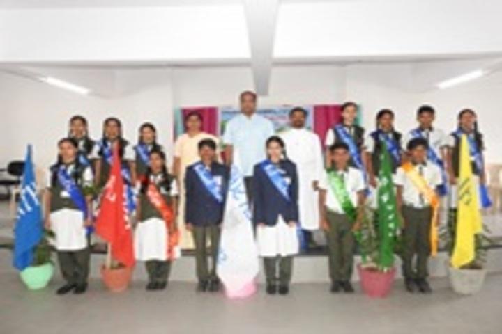 Loyola School-Group Photo