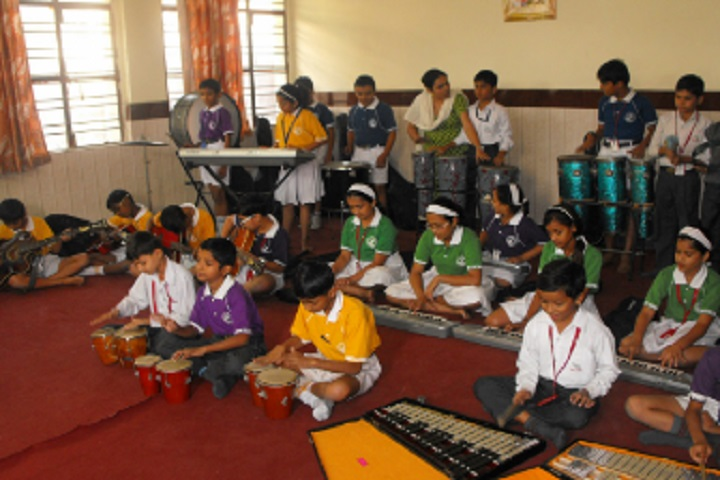 MHNational Public English School-Music Room