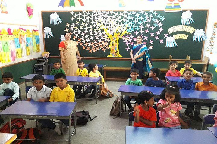 Mahajana Public School- Classroom