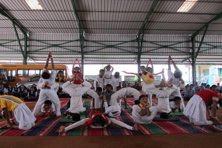 Mahajana Public School- Yoga day