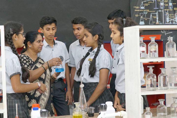 Manasarowar Pushkarini Vidyashrama-Chemistry Lab