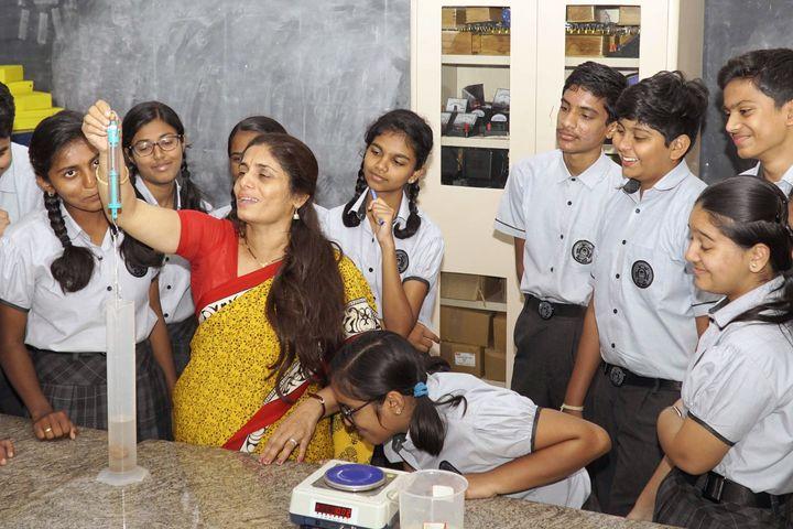 Manasarowar Pushkarini Vidyashrama-Physics Lab