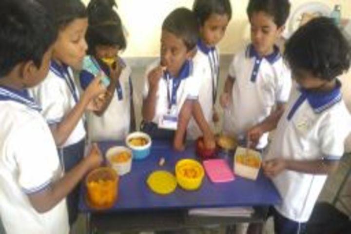 Maruthi Vidyalaya-Mango Day