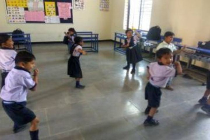 Mata Lakshmi Public School-Dance Activity