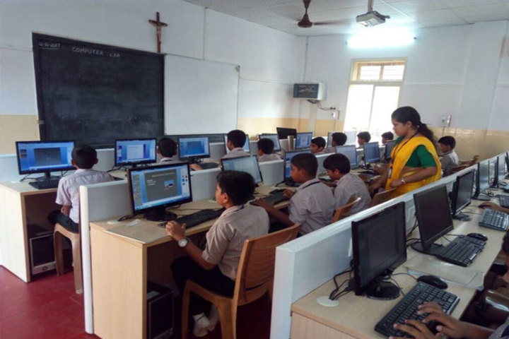 Milagres English Medium Higher Primary School-Computer Lab