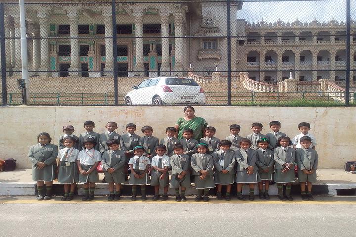 Mother Teresa International School-Group Photo