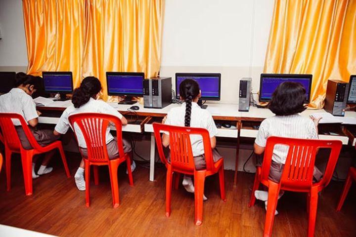 National Public School-Computer Lab