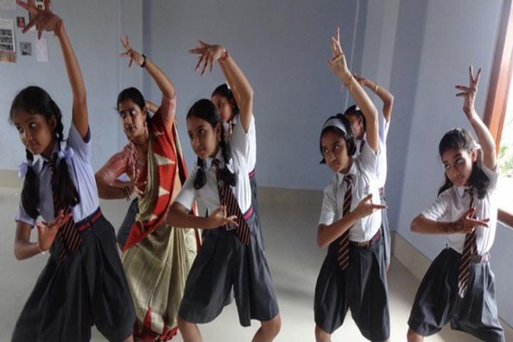 Happy Convent School - Dancing Classes