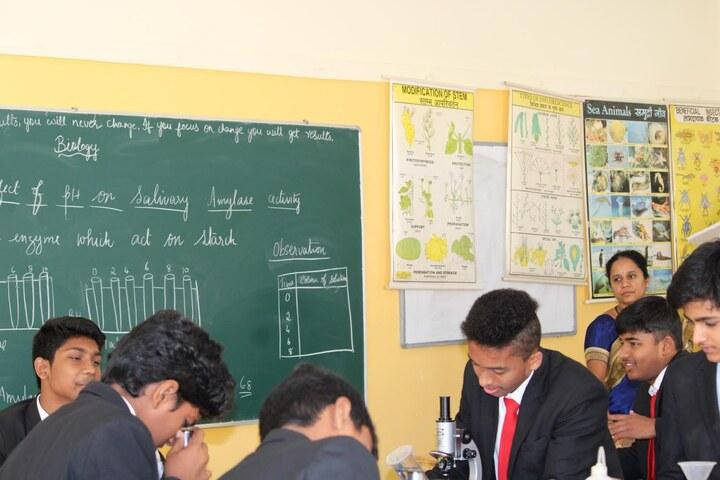 Nitte International School-Biology Lab