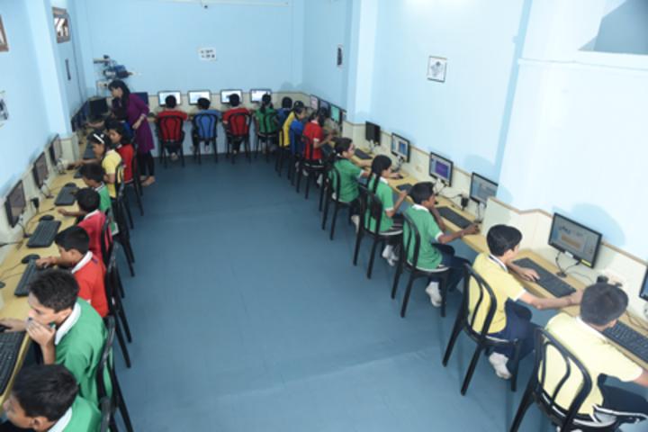 Heritage public school - computer lab