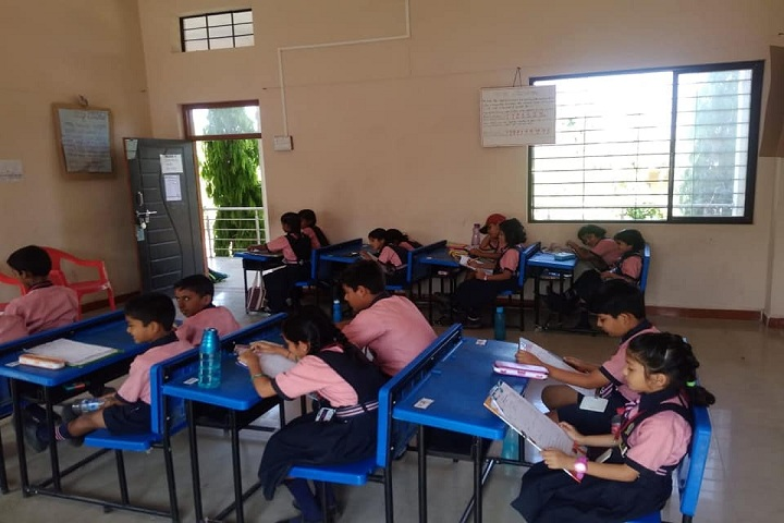 PETs Rathi And Kavade International School-Classroom