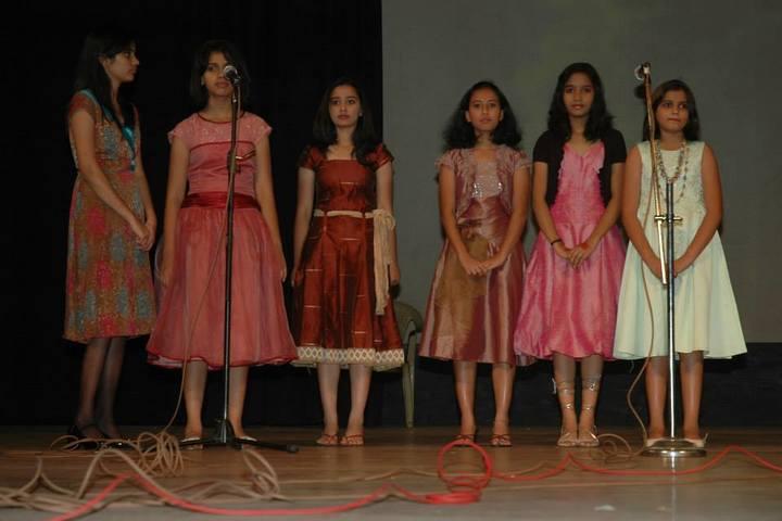 Poorna Smrithi Public School-Singing