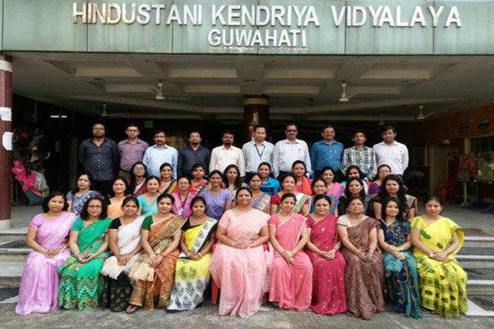 Hindustani Kendriya Vidyalaya-Staff