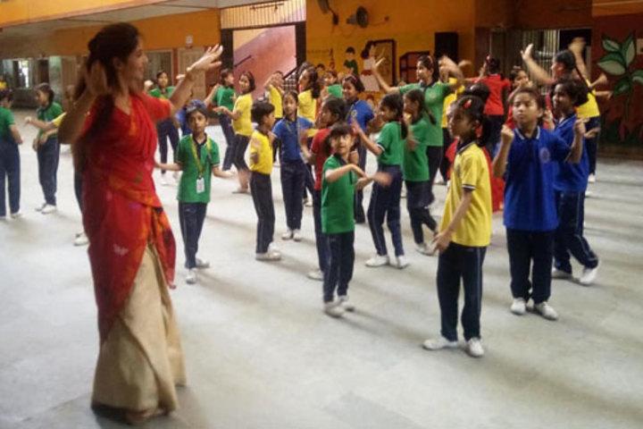 Hindustani Kendriya Vidyalaya-Dance Activity