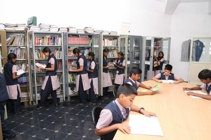 R L Jalappa Central School-Library