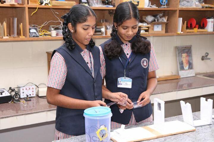 R L Jalappa Central School-Physics Lab