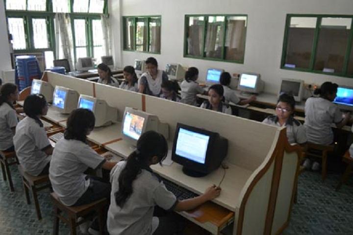 Holy Child School-Computer lab