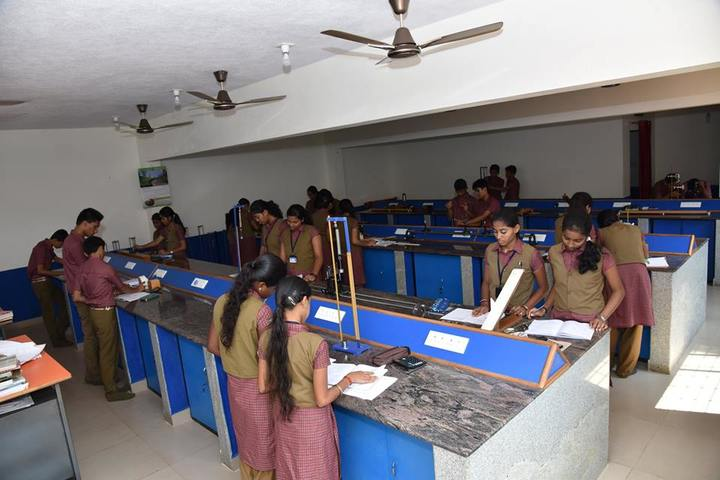 S R Public School-Physics Laboratory