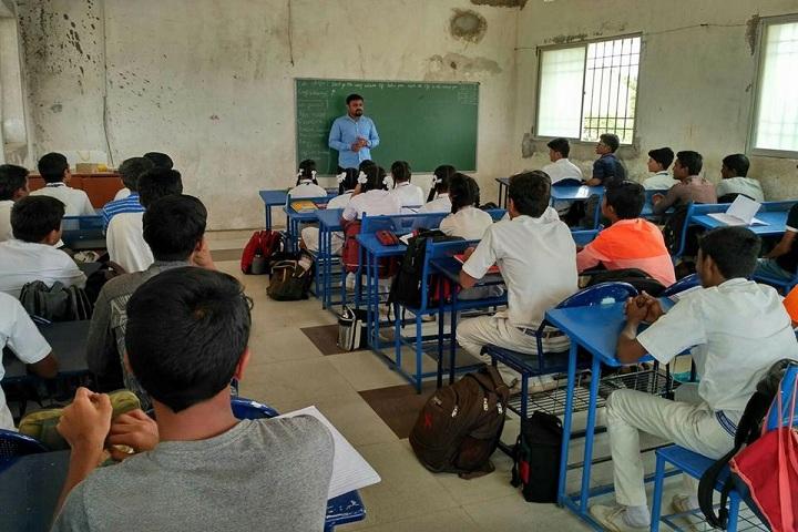 S S Kadapatti International Public School-Classroom