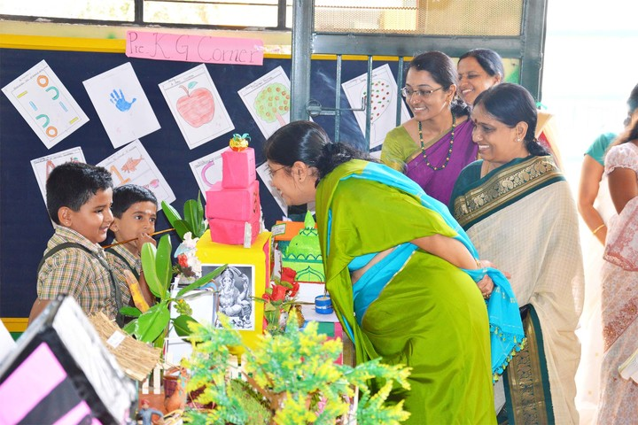 S V E I School-Science Exhibition