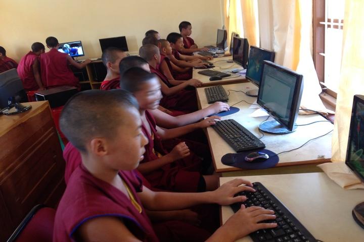 Sera Je Secondary School-Computer Lab
