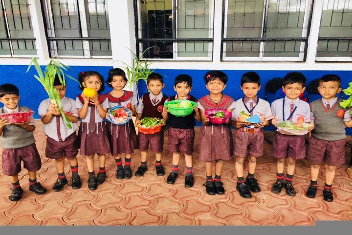 Shaikh Central School-Vegetable Day