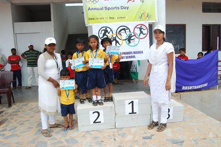 Shakambhari Vidyaniketana-Prize Distribution