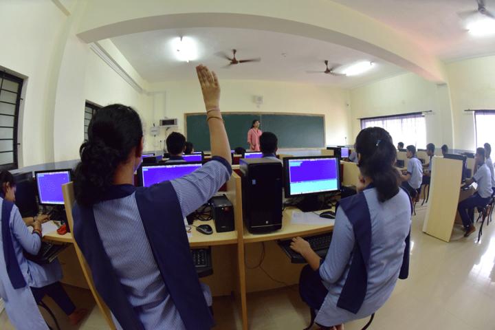 Sharada Vidya Nikethan Public School-Computer-Lab