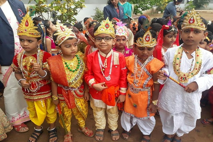 Shri Shankarling Model School-Festival Celebration