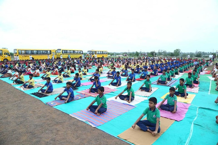 Shri Shankarling Model School-International Yoga Day