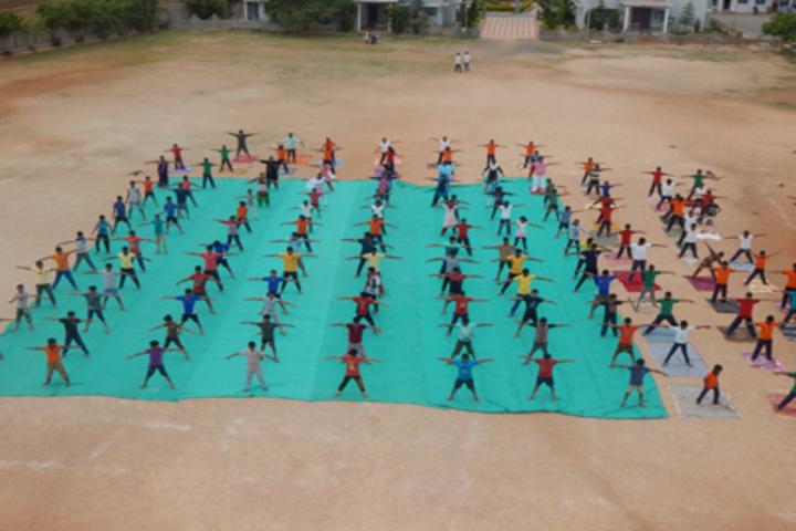 Shri Siddhaganga Residential School Kudalasangam-Yoga