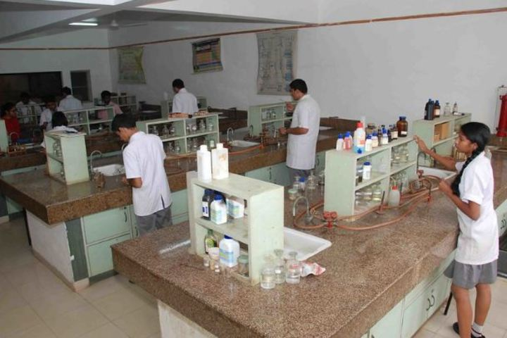Sindhi High School-Chemistry-Lab