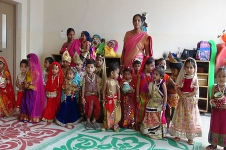 Smt Vimala Kulkarni Memorial School-Fancydress