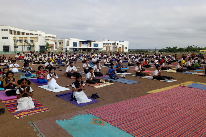 Sri B M Patil Public School-Yoga