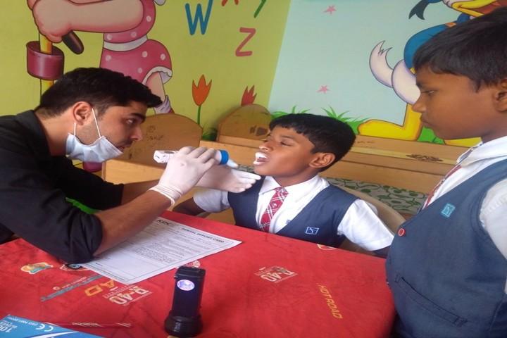 Sri Chaitanya Techno School-Dental Checkup