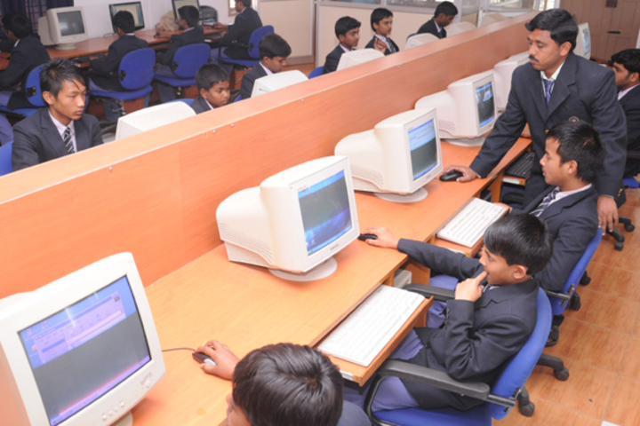 Sri Devaraj Urs Internatonal Residential School-Computer-Lab