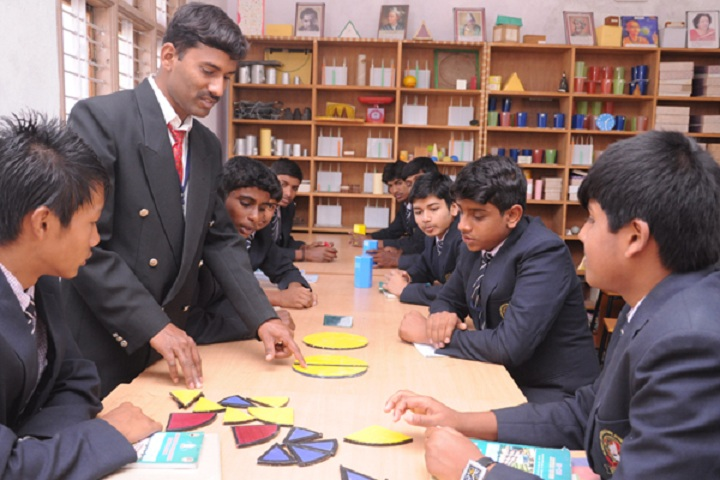 Sri Devaraj Urs Internatonal Residential School-Maths-Lab